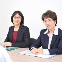 当事務所には、男性司法書士の他に、女性の司法書士も在籍しております。